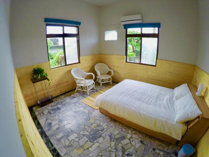 double room at wild east kenting bnb