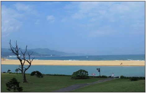 fulong beach in taiwan