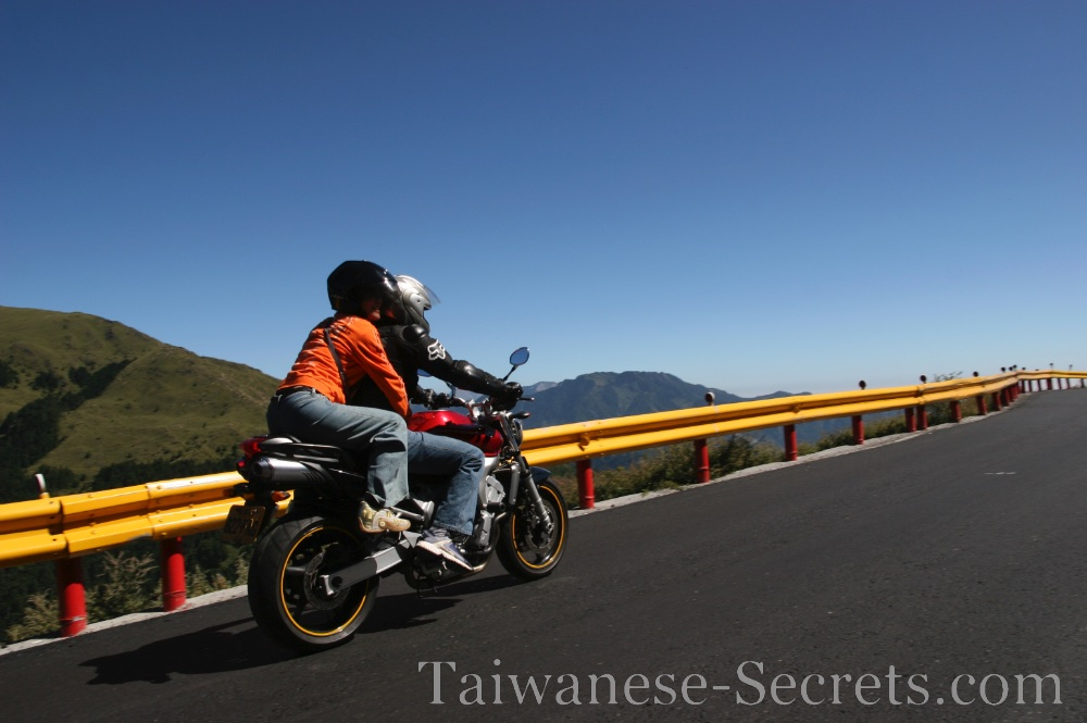 riding a motorbike at Hehuanshan taiwan