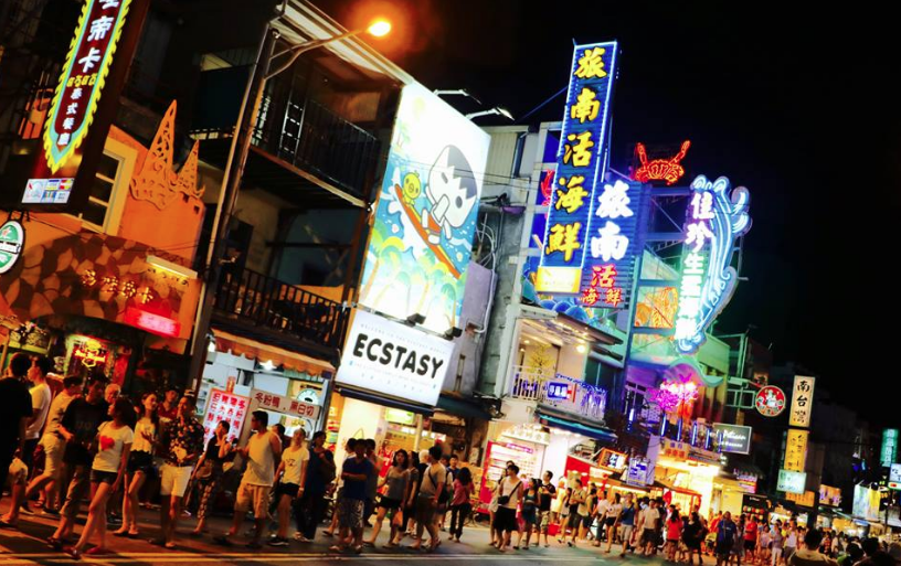 kenting road at night, nightmarket