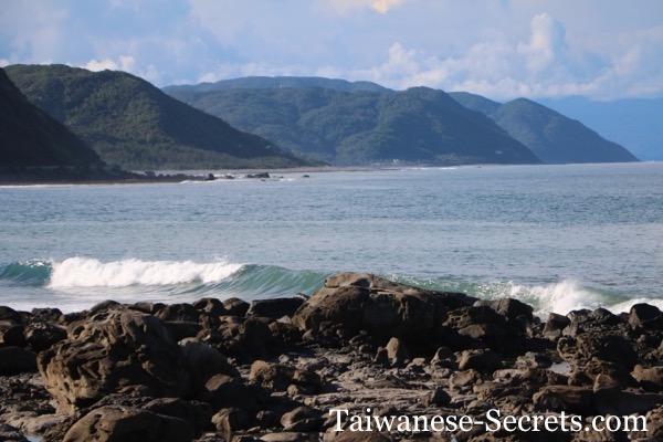 taiwan surfing waves