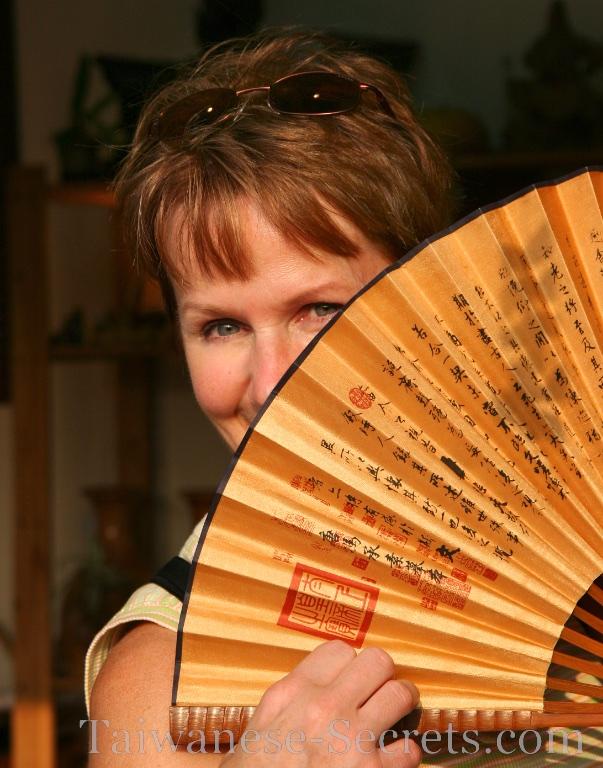 solo female traveler in taiwan